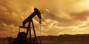 oil-pump-jack-sunset-clouds-silhouette-162568[1]