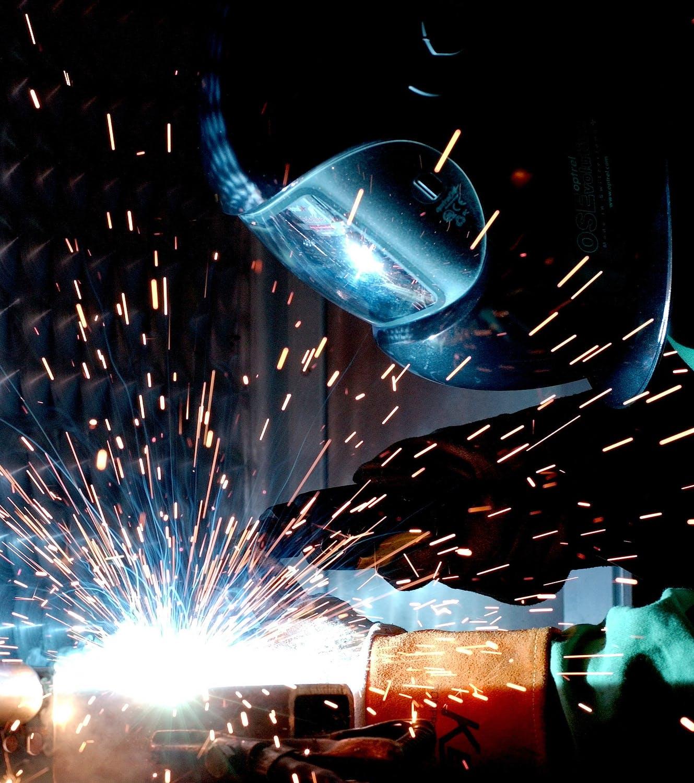 weld-hot-soldering-radio-welder-73833[1]